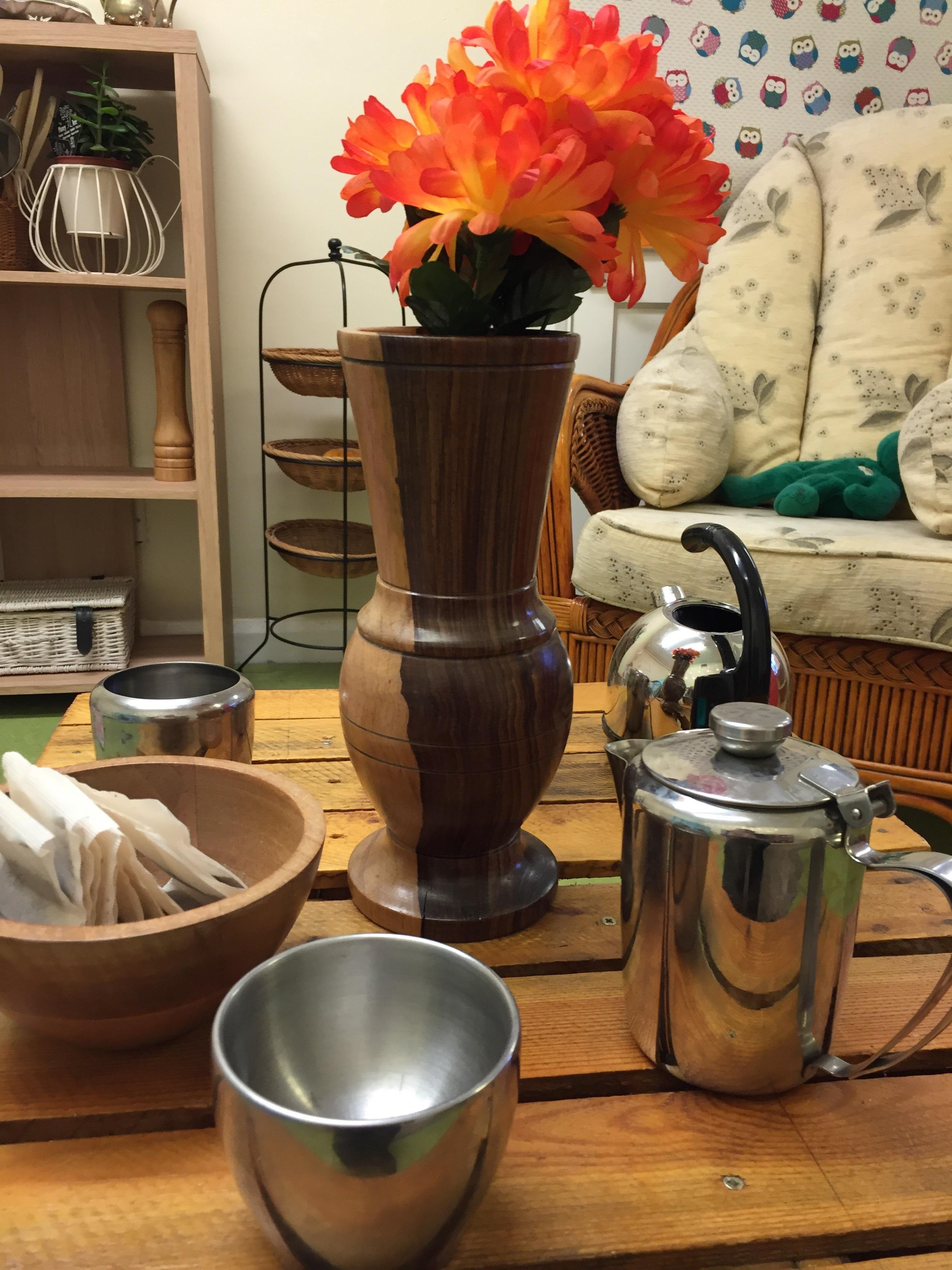 making-tea-little-explorers-set-up