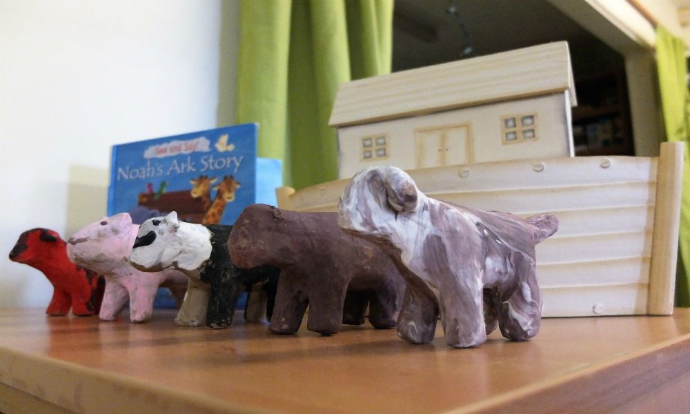 Noahs-Ark-display-tiny-toes-hertford-Home-page-image-idea