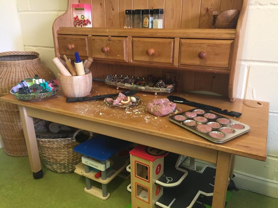 Playdough-station-set-up-pink-play-dough