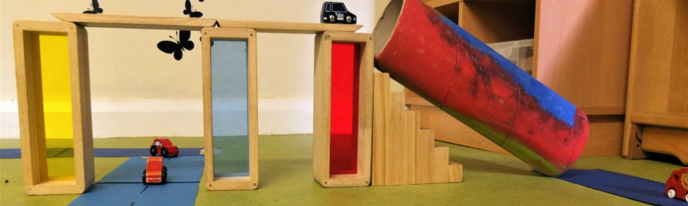 Curiosity Approach provocation play at Tiny Toes Hertford
